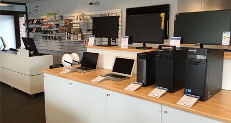 Bogild IT butik inde fra stationære og Apple Macbook produkter